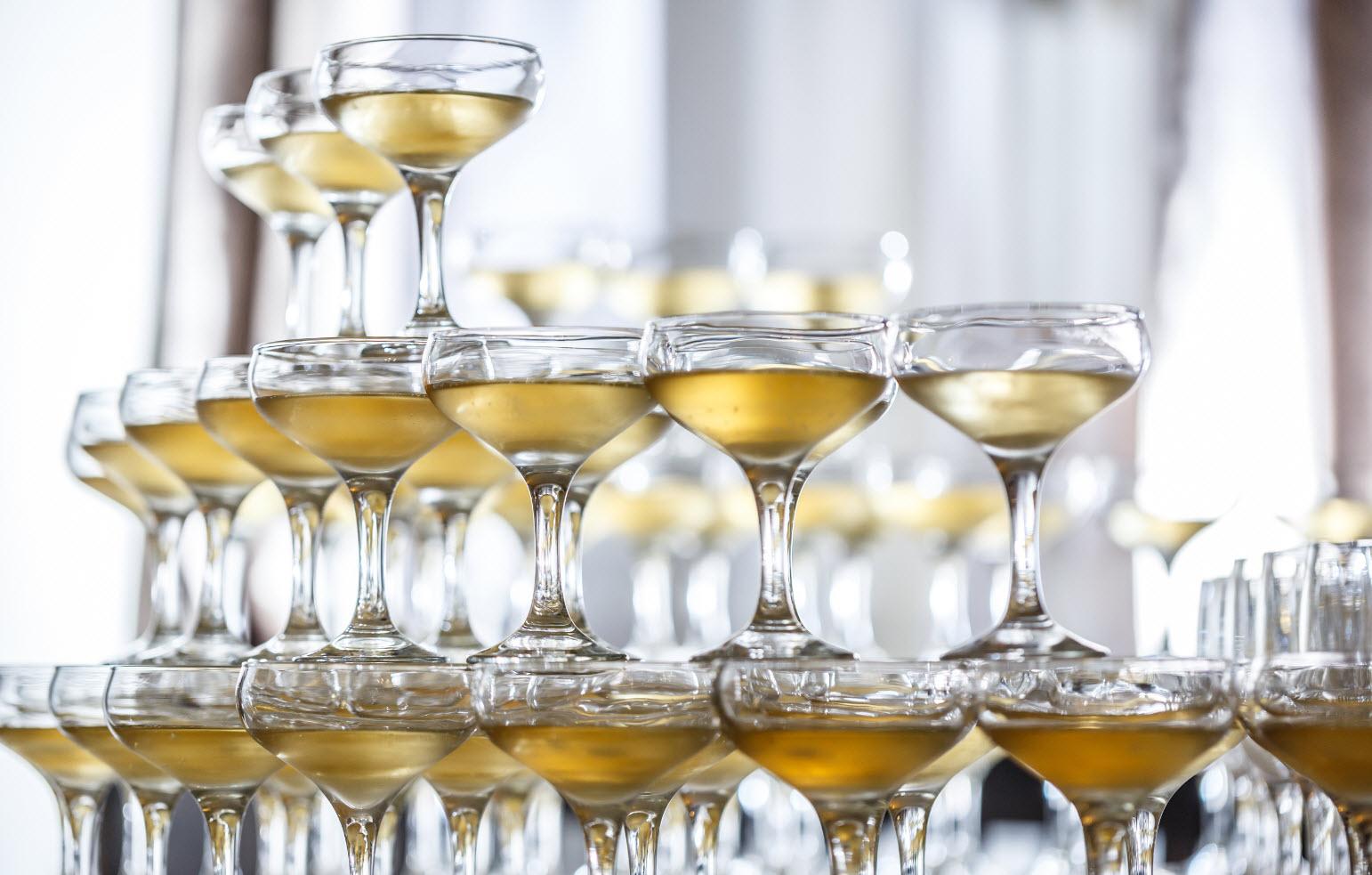 кубки шампанского
