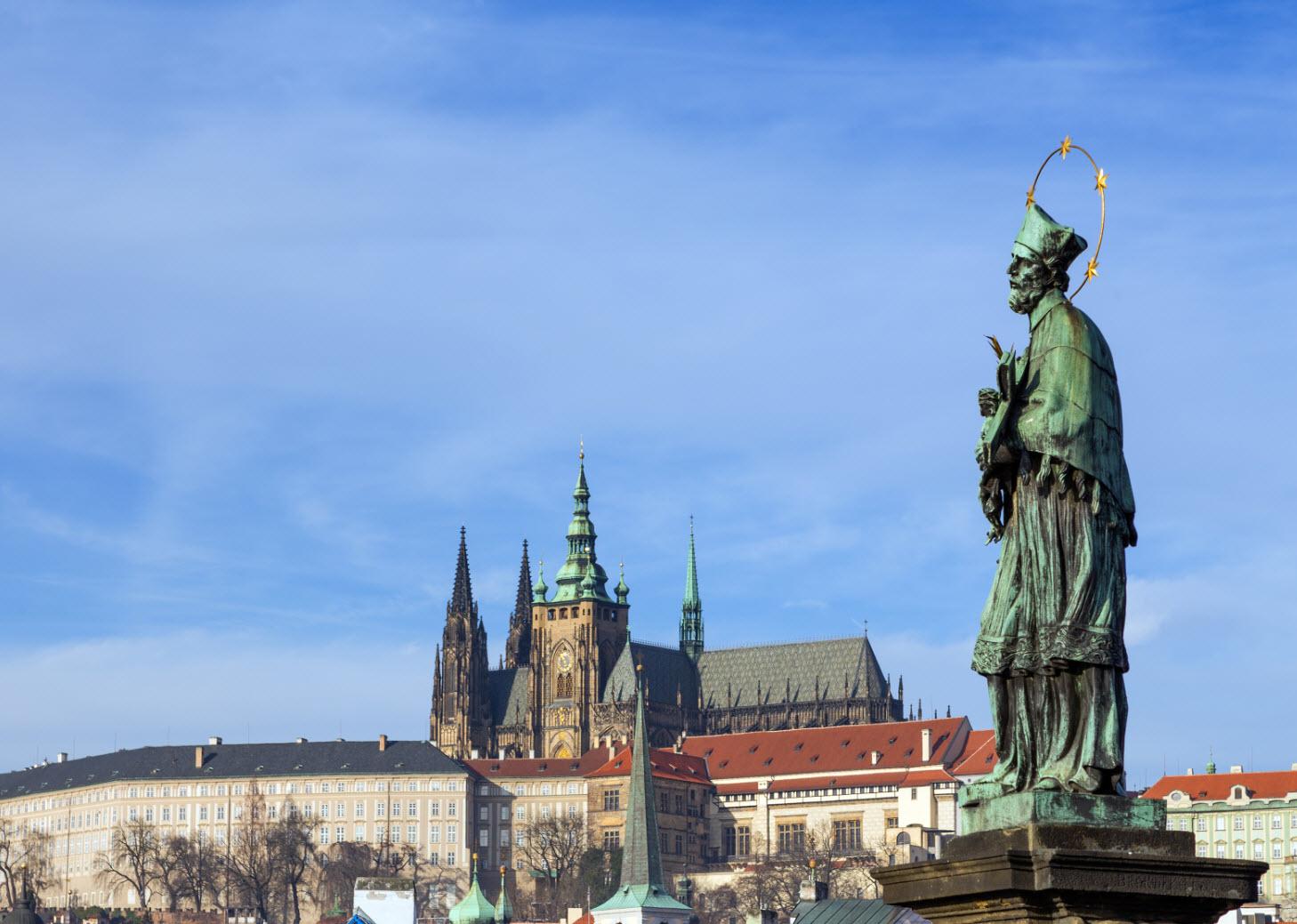 статуя Яна Непомуцкого, Прага