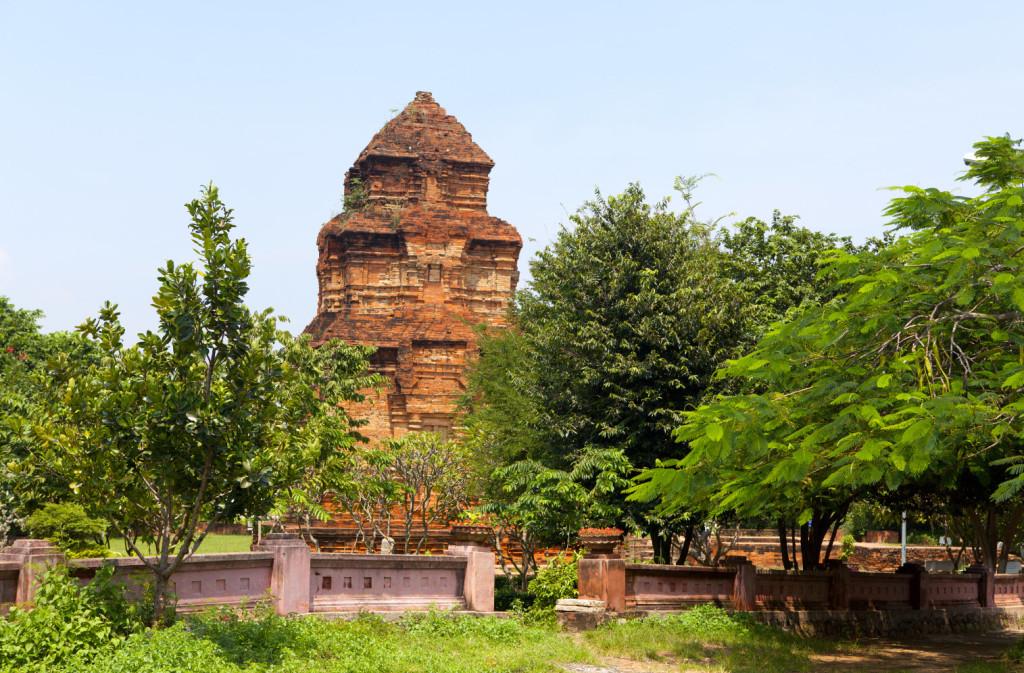 чамские башни Муйне